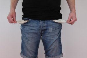 empty pockets - no money