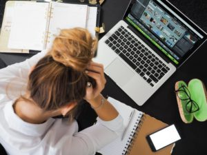 signs you hate your job - no work balance