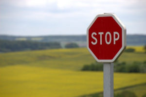 stop sign to avoid online scams